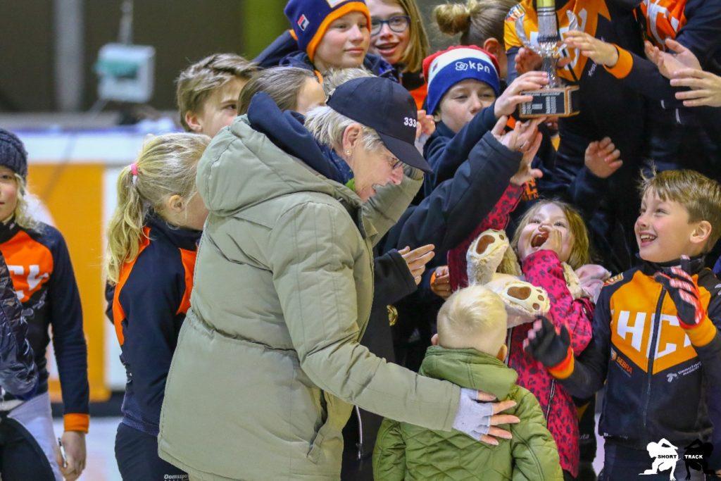 Arie_Ravensbergen_bokaal,_Terugblik_op_seizoen_deel_1_html_f25b3f18d1bb59bc